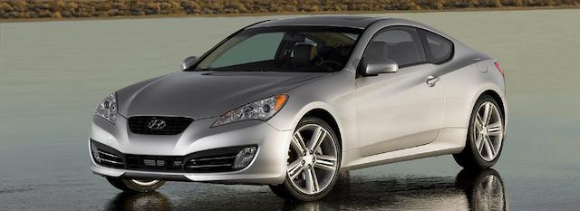 Does Hyundai Genesis V8 Come In Manual Transmission?